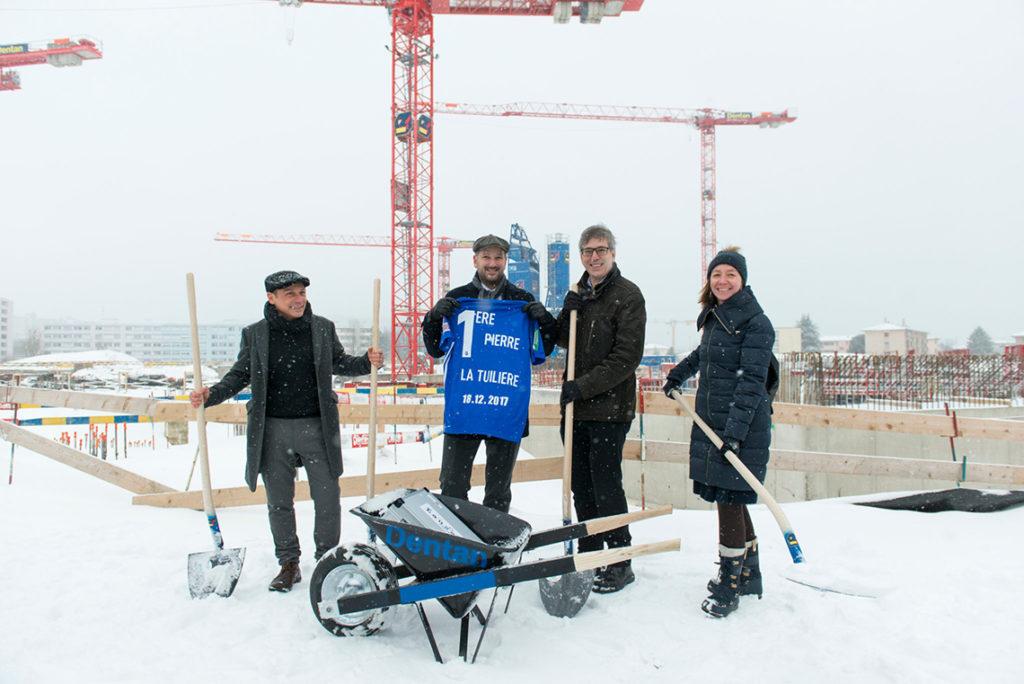 Premi re pierre im schneegest ber dr l chinger meyer for Lausanner fussballstadion